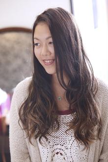 デザインカラーでおしゃれロングスタイル|ANT'S Southern-Resort 茅ヶ崎店のヘアスタイル
