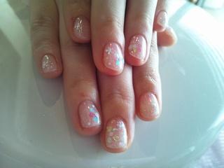 ラメグラ×ホロの花柄ネイル
