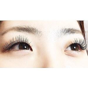 迫力のLDカール|Ananas eyelashのヘアスタイル
