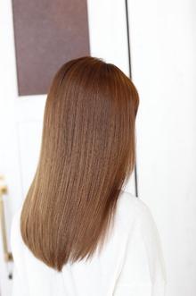 髪の本来の艶を活かすミルボントリートメントコース|Admiral.b Hair Designのヘアスタイル