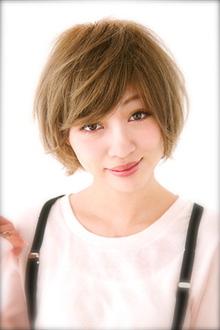 ピュアかわショート〜空気感たっぷりくしゅヘア〜|Mon Coeurのヘアスタイル