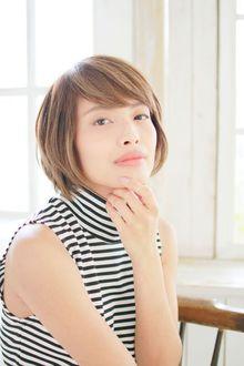 【30代・40代】大人女性のためのトップふんわりショートボブ|錦糸町 美容院 Agateのヘアスタイル