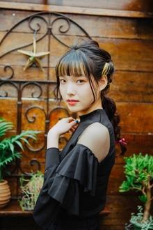 暗髪ロングの編みおろしアレンジ Lian 方南町店のヘアスタイル