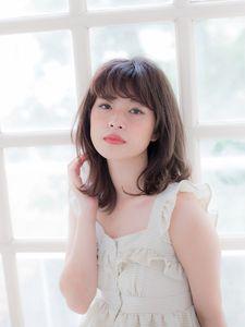 小顔レイヤーミディ|Grand Chariot 笹塚店のヘアスタイル