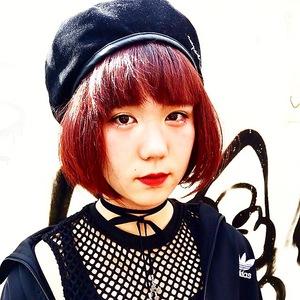 秋色、ボルドーカラーとショートボブ|emi+ Hair & eyelash 練馬のヘアスタイル