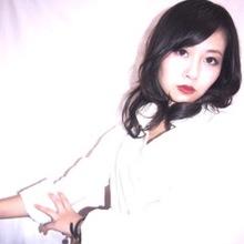 クールなシルバー系ブラック|emi+ Hair & eyelash 練馬 めぐ☆のヘアスタイル