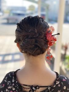 まとまりシニヨン|e-style Lienのヘアスタイル