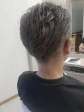 ツーブロック グレージュカラー|e-style Lienのメンズヘアスタイル