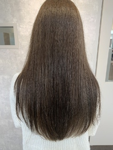 オリーブグレージュ|e-style Lien 牧野 北斗のヘアスタイル