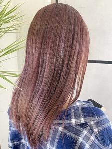 ピンクベージュ e-style Lienのヘアスタイル