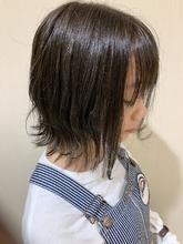 暗めアッシュ 外ハネスタイリング|MATISSE 石尾 刻矢のヘアスタイル