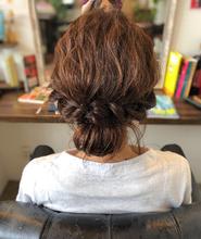 ゆるふわシニヨン まとめ髪 healing salon Casa 小嶋 美咲のヘアスタイル