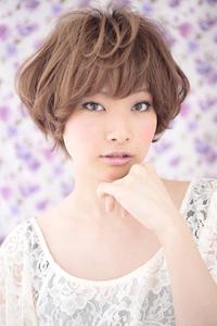 黒髪でも似合う髪型(027)