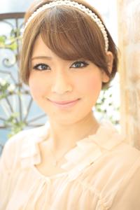 黒髪でも似合う!小顔髪型ゆるふわパーマヘアカタログ〜ラクラク可愛いアレンジ(え-069)