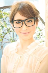黒髪でも似合う!小顔髪型ゆるふわパーマヘアカタログ〜ラクラク可愛いアレンジ(え-071)