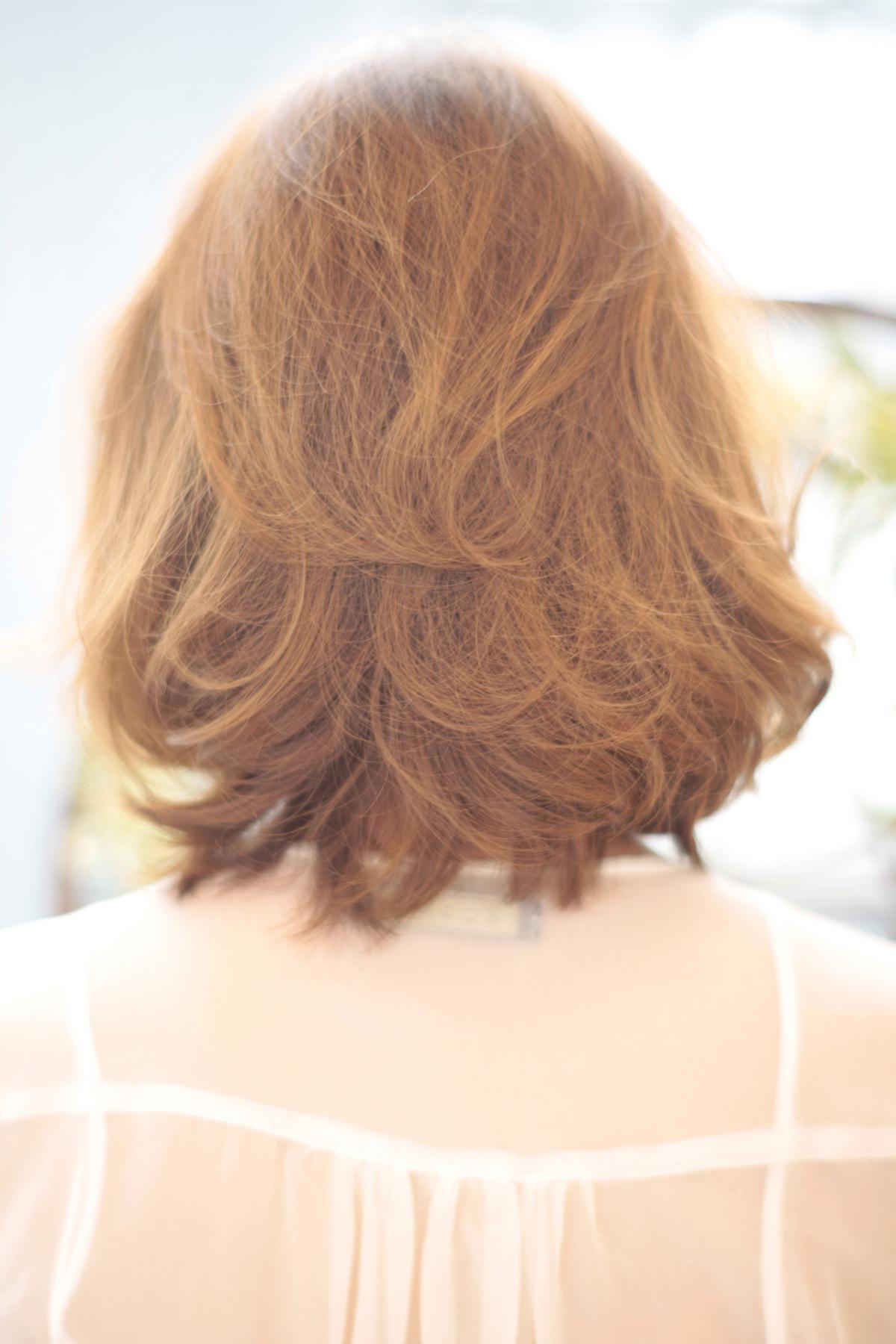 黒髪でも似合う!小顔髪型ゆるふわパーマヘアカタログ〜ラクラク可愛いアレンジ(え-073)