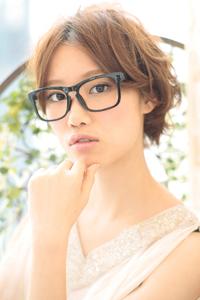 黒髪でも似合う!小顔髪型ゆるふわパーマヘアカタログ〜ラクラク可愛いアレンジ(え-087)