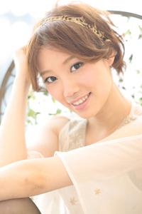 黒髪でも似合う!小顔髪型ゆるふわパーマヘアカタログ〜ラクラク可愛いアレンジ(え-088)