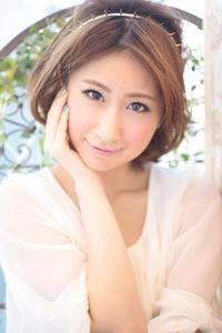 黒髪でも似合う!小顔髪型ゆるふわパーマヘアカタログ〜ラクラク可愛いアレンジ(え-089)