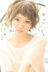 黒髪でも似合う!小顔髪型ゆるふわパーマヘアカタログ〜ラクラク可愛いアレンジ(え-100)