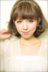 黒髪でも似合う!小顔髪型ゆるふわパーマヘアカタログ〜顔型別アレンジ編012