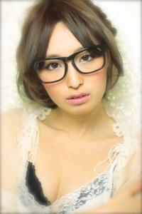 黒髪でも似合う!小顔髪型ゆるふわパーマヘアカタログ〜顔型別アレンジ編053