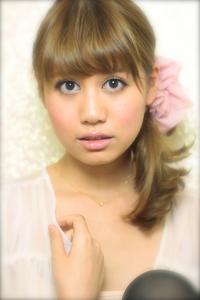 黒髪でも似合う!小顔髪型ゆるふわパーマヘアカタログ〜顔型別アレンジ編057