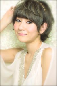 黒髪でも似合う!小顔髪型ゆるふわパーマヘアカタログ〜顔型別アレンジ編63