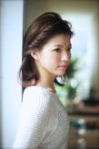 丸顔面長の悩みを解決出来るヘアスタイル028