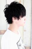 黒髪ショートの無造作パーマ