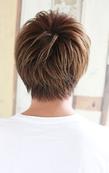 長め前髪のナチュラルストレートショート