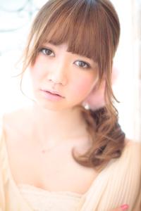 大人の小顔髪型ゆるふわパーマヘアカタログ〜簡単アレンジ(う-076)
