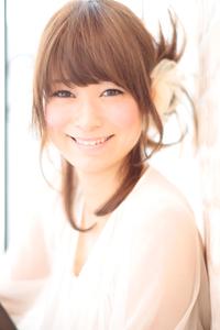 大人の小顔髪型ゆるふわパーマヘアカタログ〜簡単アレンジ(う-079)