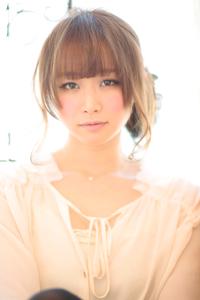大人の小顔髪型ゆるふわパーマヘアカタログ〜ラクラク可愛いアレンジ(え-001)