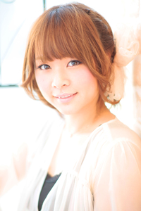 大人の小顔髪型ゆるふわパーマヘアカタログ〜ラクラク可愛いアレンジ(え-005)