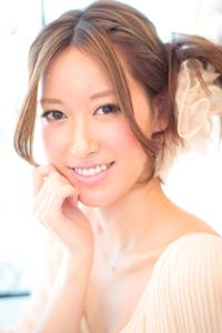 黒髪でも似合う!小顔髪型ゆるふわパーマヘアカタログ〜ラクラク可愛いアレンジ(え-010)