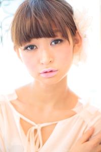 黒髪でも似合う!小顔髪型ゆるふわパーマヘアカタログ〜ラクラク可愛いアレンジ(え-014)