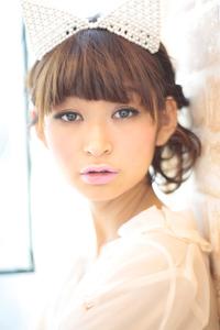 黒髪でも似合う!小顔髪型ゆるふわパーマヘアカタログ〜ラクラク可愛いアレンジ(え-022)