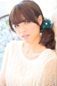 黒髪でも似合う!小顔髪型ゆるふわパーマヘアカタログ〜ラクラク可愛いアレンジ(え-029)