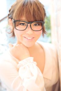 黒髪でも似合う!小顔髪型ゆるふわパーマヘアカタログ〜ラクラク可愛いアレンジ(え-055)