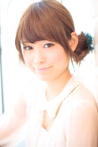黒髪でも似合う!小顔髪型ゆるふわパーマヘアカタログ〜ラクラク可愛いアレンジ(え-066)