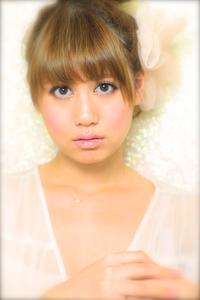 黒髪でも似合う!小顔髪型ゆるふわパーマヘアカタログ〜顔型別アレンジ編025