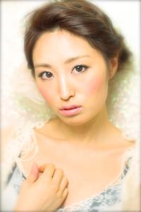 黒髪でも似合う!小顔髪型ゆるふわパーマヘアカタログ〜顔型別アレンジ編54