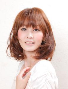 大人かわいいセミディスタイル SIECLE hair&spa 銀座店のヘアスタイル