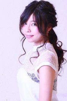 一つ結び風ユルふわハーフアップ☆|SIECLE hair&spa 銀座店のヘアスタイル