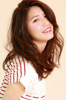 脱力系ロングウェーブ☆|SIECLE hair&spa 銀座店のヘアスタイル