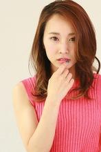 女子力UP☆ミディアムレイヤー|SIECLE hair&spa 銀座店のヘアスタイル