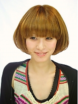 つやつやプラチナコラーゲンカラー|SLUG+ 上野 弘道のヘアスタイル