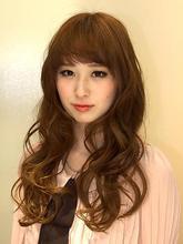 大人かわいいSWEETウェーブ ロング|SLUG+ 上野 弘道のヘアスタイル