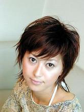 遊びを感じる大人のショート!!|SLUG+ 上野 弘道のヘアスタイル